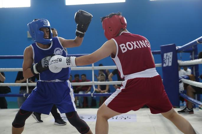 Nữ hoàng muay Việt Thanh Trúc đấu boxing giúp trẻ em nghèo - Ảnh 4.