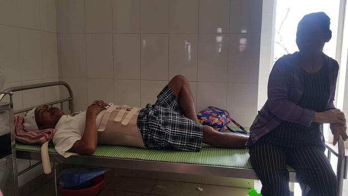 Một người chết, 2 người bị thương khi lao động tại mỏ đá Minh Hưng - Ảnh 1.