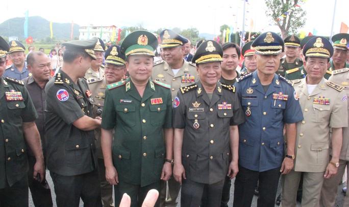Hát vang bài ca hữu nghị Việt Nam đoàn kết Campuchia - Ảnh 6.