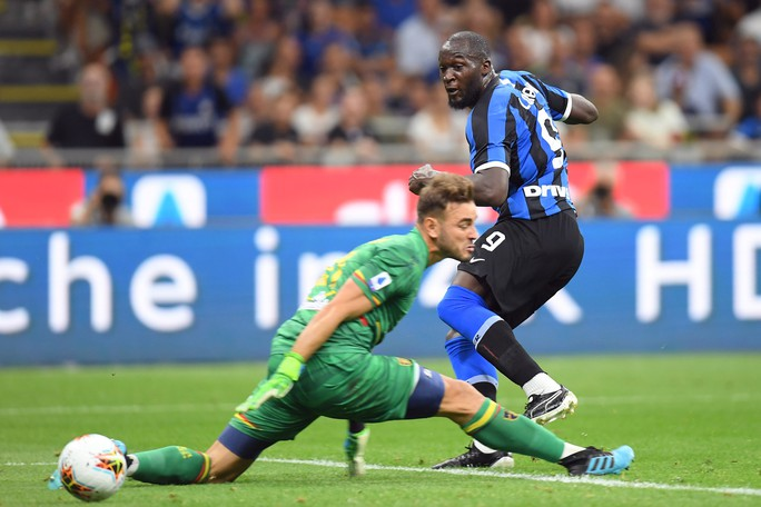 Lukaku khai hỏa, Inter Milan lên đỉnh bảng Serie A - Ảnh 5.