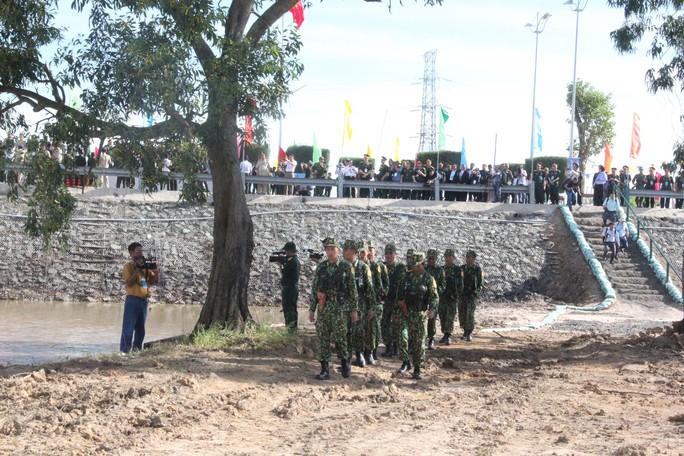 Trang trọng Lễ chào cột mốc chủ quyền biên giới Việt Nam - Campuchia - Ảnh 15.