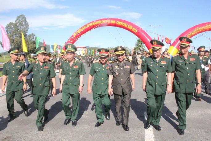 Trang trọng Lễ chào cột mốc chủ quyền biên giới Việt Nam - Campuchia - Ảnh 5.