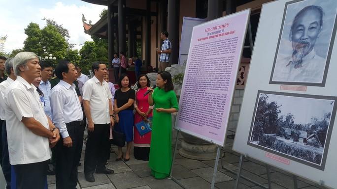 Thanh Hóa giới thiệu gần 2.000 hình ảnh, tư liệu quý về Bác Hồ - Ảnh 1.