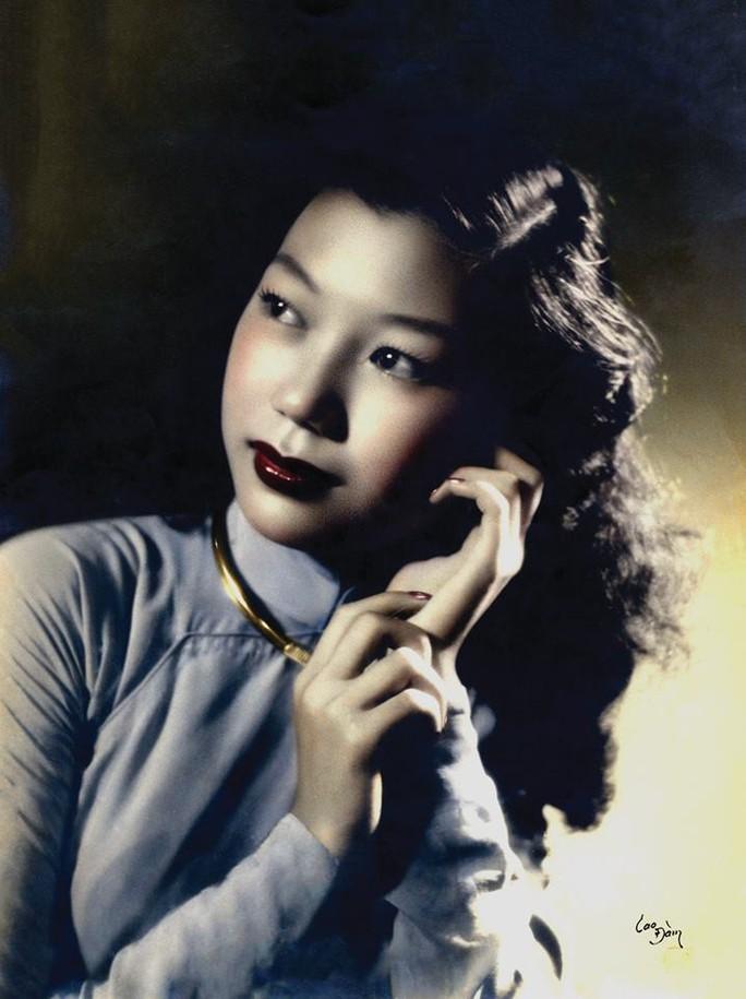 Kỳ nữ Kim Cương nhớ Lá sầu riêng trong ngày độc lập - Ảnh 2.