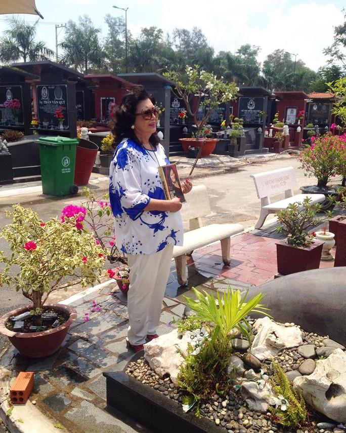 Kỳ nữ Kim Cương nhớ Lá sầu riêng trong ngày độc lập - Ảnh 3.