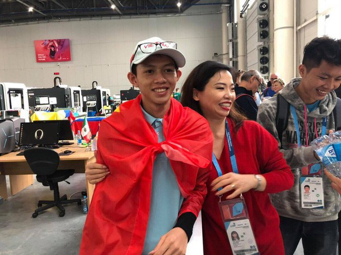Thi tay nghề thế giới: Việt Nam giành 1 Huy chương bạc và 8 chứng chỉ nghề xuất sắc - Ảnh 1.
