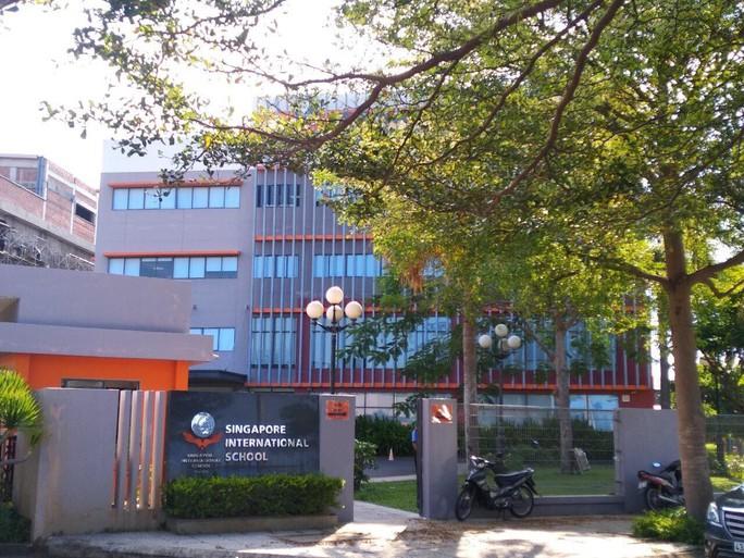 Phụ huynh nộp đơn kiện Công ty quản lý Trường quốc tế Singapore ở Đà Nẵng - Ảnh 1.