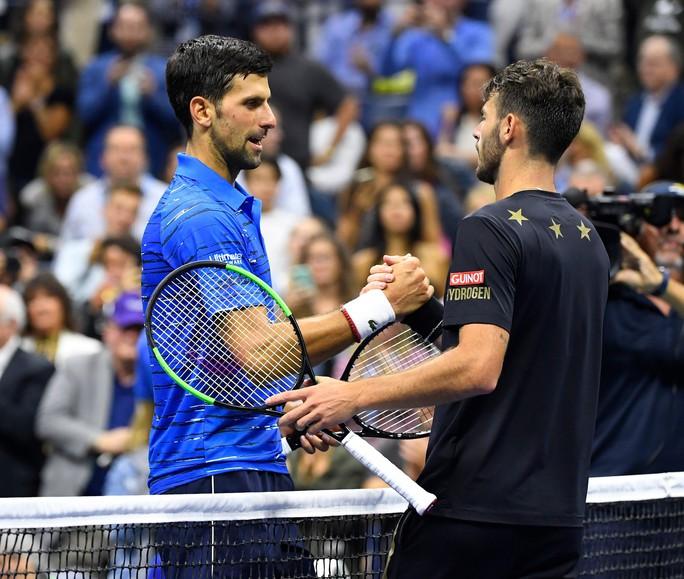 Djokovic san bằng thành tích 71 trận thắng tại Grand Slam của Pete Sampras - Ảnh 1.