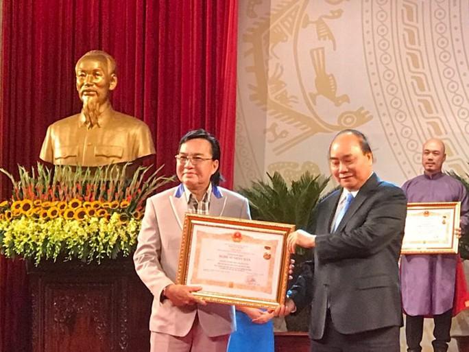 391 nghệ sĩ được trao tặng danh hiệu NSND, NSƯT - Ảnh 6.