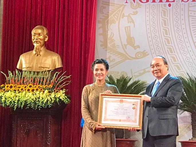 391 nghệ sĩ được trao tặng danh hiệu NSND, NSƯT - Ảnh 12.