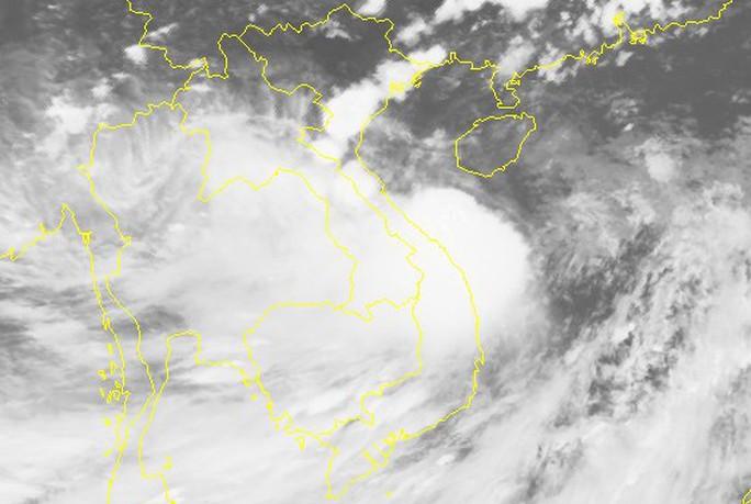 Bão số 4 giật cấp 11 đổ bộ Nghệ An - Quảng Bình sáng mai, gây mưa lớn - Ảnh 2.