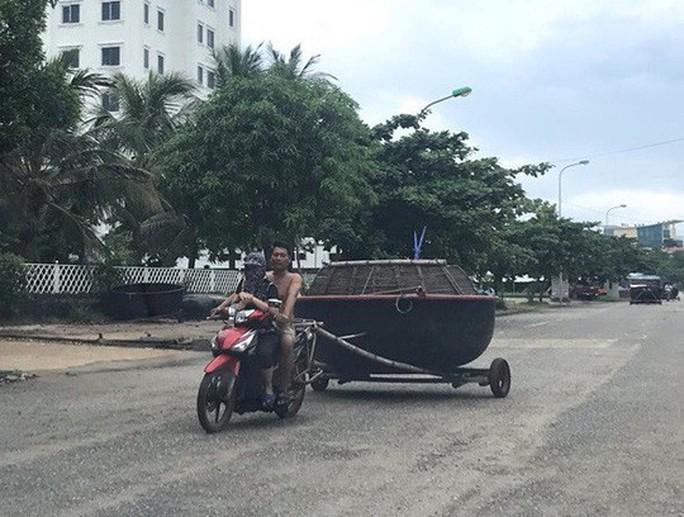 Bão số 4 di chuyển nhanh, đổ bộ Nghệ An - Quảng Bình sáng mai 30-8 - Ảnh 5.