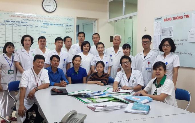 Cô gái từng trải qua 23 lần phẫu thuật trở thành sinh viên Đại học Y Hà Nội  - Ảnh 3.