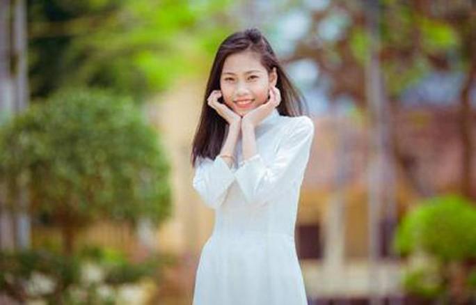Cô gái từng trải qua 23 lần phẫu thuật trở thành sinh viên Đại học Y Hà Nội  - Ảnh 1.