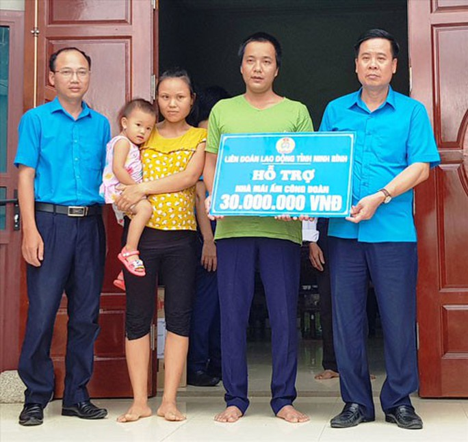 Ninh Bình: Hỗ trợ xây nhà cho công nhân nghèo - Ảnh 1.
