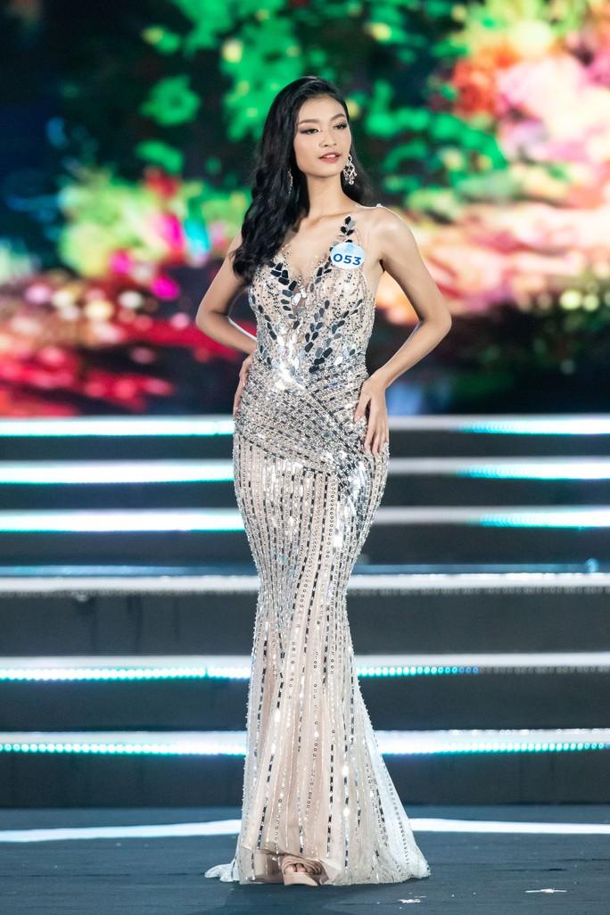 Lương Thùy Linh đăng quang Hoa hậu Thế giới Việt Nam 2019 - Ảnh 8.