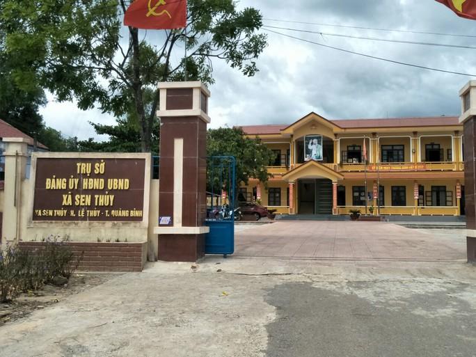 Hàng loạt trụ sở ủy ban xã ở Quảng Bình bị trộm viếng thăm - Ảnh 1.