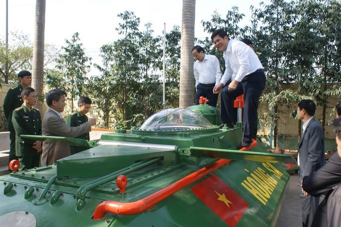 Doanh nhân hai lúa và giấc mơ tàu ngầm Việt vươn khơi - Ảnh 1.
