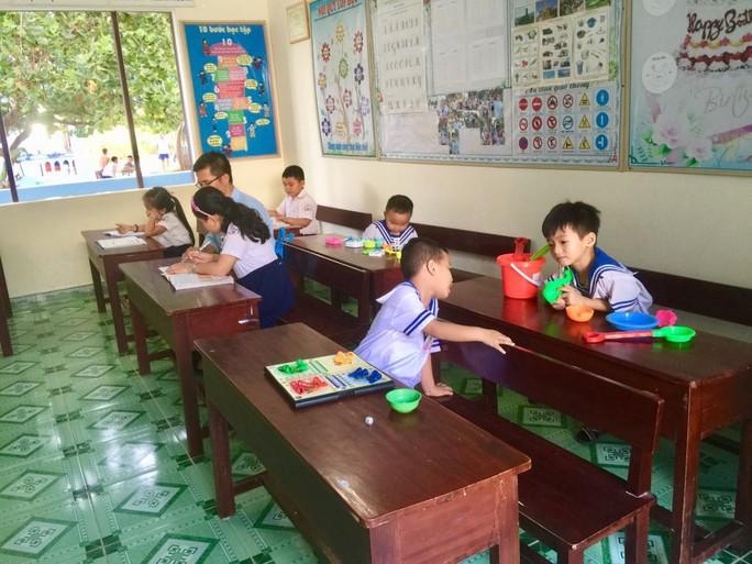 Lớp học đặc biệt ở Trường Sa - Ảnh 6.