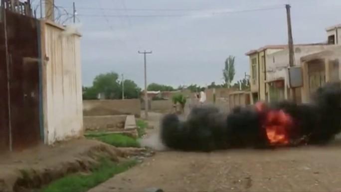 Taliban vừa hòa đàm với Mỹ vừa đánh lớn ở Afghanistan - Ảnh 2.