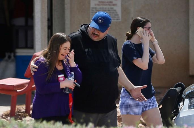 Vụ xả súng tại bang Texas: Các nhân chứng nói gì? - Ảnh 3.