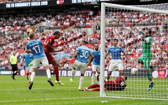 Thủ môn Bravo tỏa sáng, Man City bùng nổ ở Siêu cúp Anh - Ảnh 8.