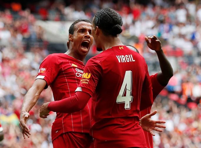 Thủ môn Bravo tỏa sáng, Man City bùng nổ ở Siêu cúp Anh - Ảnh 9.