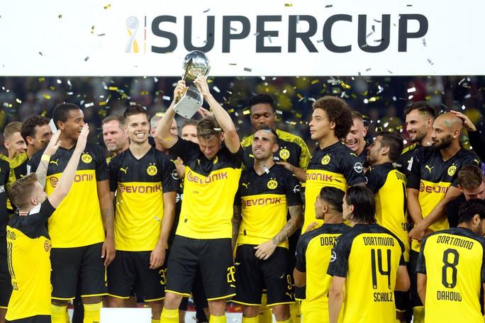 Thần đồng nước Anh giúp Dortmund đoạt Siêu cúp Đức - Ảnh 7.