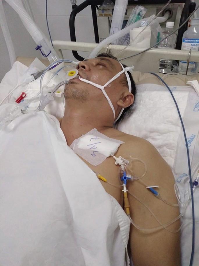 Cựu lực sĩ thể hình trong cảnh thập tử nhất sinh - Ảnh 1.