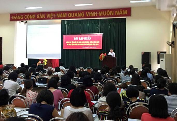HÀ NỘI: Tập huấn công tác tổ chức hội nghị cán bộ, công chức - Ảnh 1.