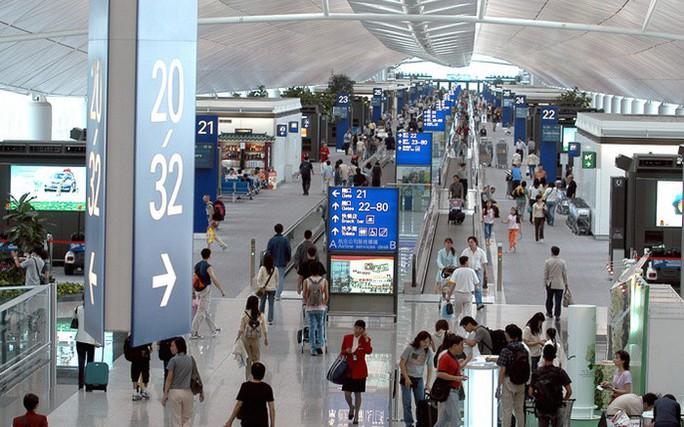 Nhiều chuyến bay giữa Việt Nam và Hồng Kông bị ảnh hưởng - Ảnh 1.