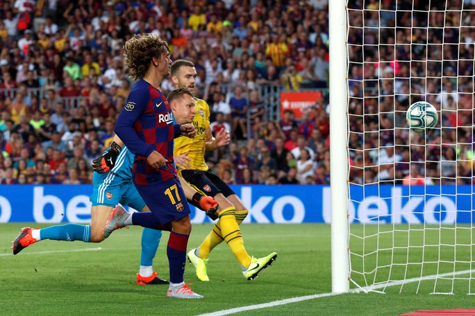 Arsenal dâng chiến thắng, Barcelona đoạt cúp Joan Gamper thứ 7 - Ảnh 1.