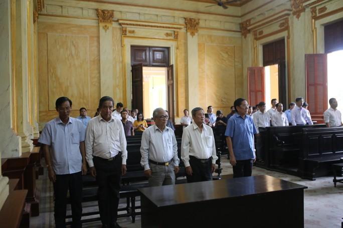 Lãnh đạo Tập đoàn Công nghiệp Cao su Việt Nam không được hưởng án treo - Ảnh 1.