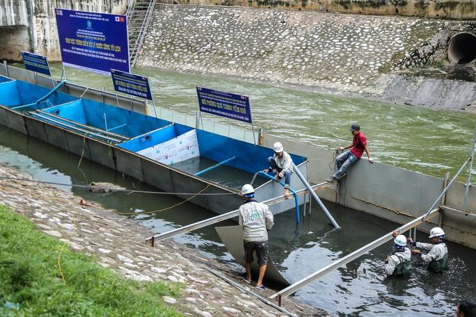 Chuyên gia Nhật Bản sẽ tắm nước sông Tô Lịch sau xử lý - Ảnh 1.