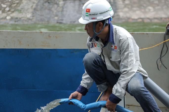 Chuyên gia Nhật Bản sẽ tắm nước sông Tô Lịch sau xử lý - Ảnh 8.