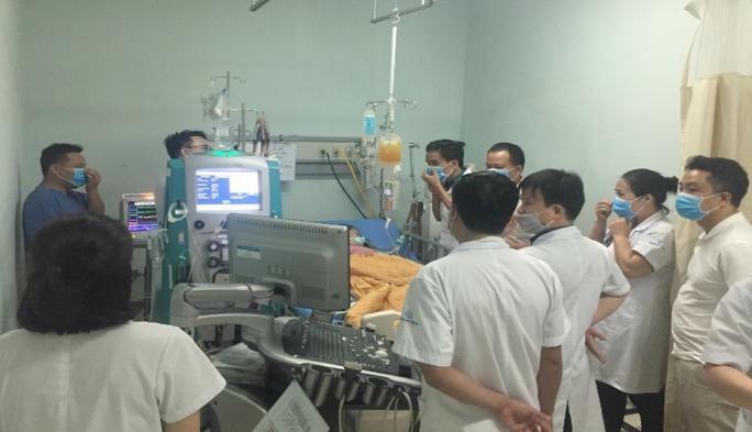 Kỳ tích cứu sống sản phụ ngừng tuần hoàn 30 phút do tắc mạch ối - Ảnh 2.