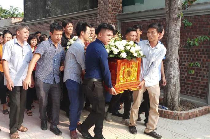 Xé lòng nơi quê nhà học sinh tử vong vì bị bỏ quên trên xe đưa đón trường Gateway - Ảnh 4.