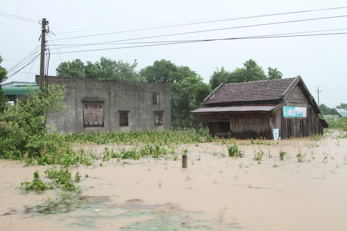 Đắk Lắk: Mưa lớn gây ngập hàng ngàn nhà dân, 1 người tử vong - Ảnh 2.