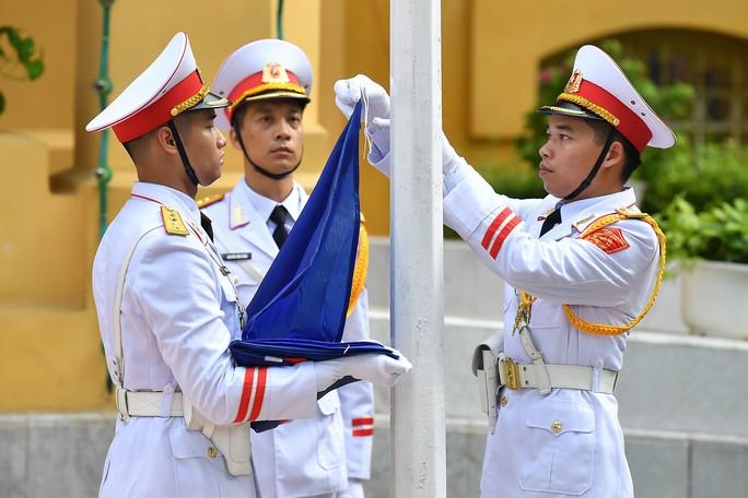 Lễ Thượng cờ ASEAN tại Hà Nội - Ảnh 2.
