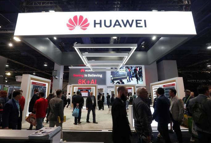 Mỹ cấm làm ăn với 5 công ty công nghệ Trung Quốc - Ảnh 1.