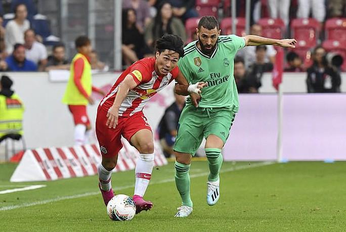 Hazard lập siêu phẩm, Real Madrid thắng nhọc nhằn bò đỏ Salzburg - Ảnh 3.