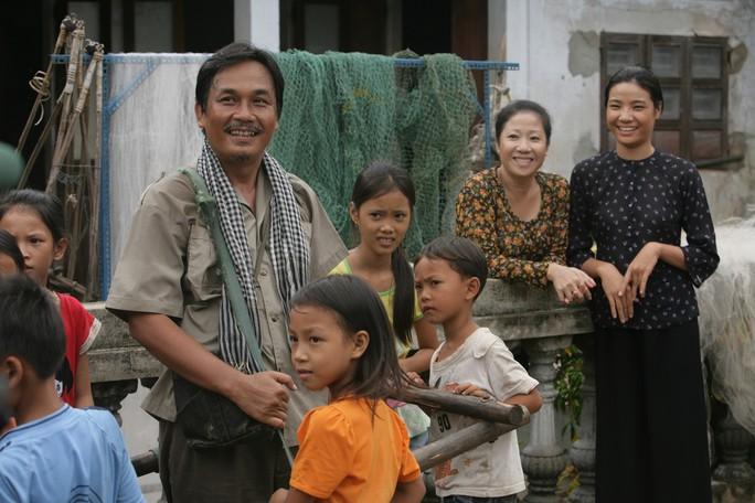 Mẹ con Kiều Trinh, Thanh Tú tụ hội màn ảnh nhỏ - Ảnh 3.