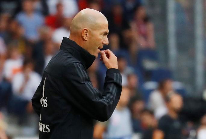 Hazard lập siêu phẩm, Real Madrid thắng nhọc nhằn bò đỏ Salzburg - Ảnh 7.