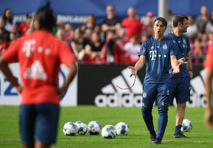Bayern Munich hạ nhục đối thủ bằng chiến thắng với tỉ số 23-0 - Ảnh 3.