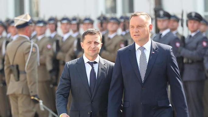 Ukraine và Ba Lan thống nhất tăng cường trừng phạt Nga - Ảnh 1.