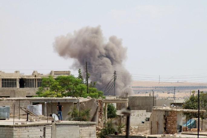 """Mỹ trút tên lửa ở Syria, giết 40 """"thủ lĩnh khủng bố"""".  - Ảnh 1."""