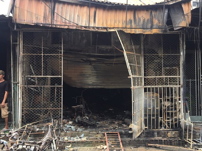 Cháy nhà trong đêm, mẹ cùng con gái thiệt mạng - Ảnh 1.