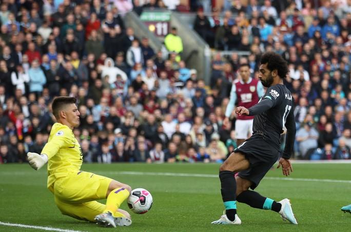 Liverpool có biến, giải Ngoại hạng Anh lên cơn sốt - Ảnh 1.