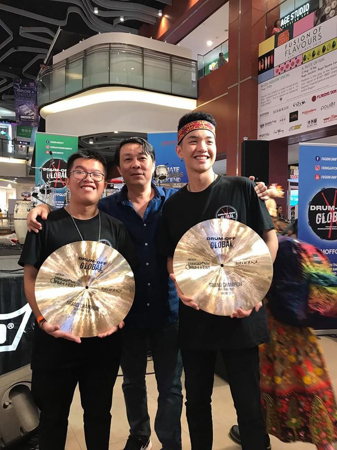 Thí sinh Việt Nam xuất sắc giành giải nhất cuộc thi trống quốc tế Drum Off Global 2019 - Ảnh 2.