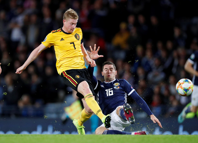 De Bruyne lập hat-trick kiến tạo, Bỉ đè bẹp Scotland vòng loại Euro - Ảnh 2.